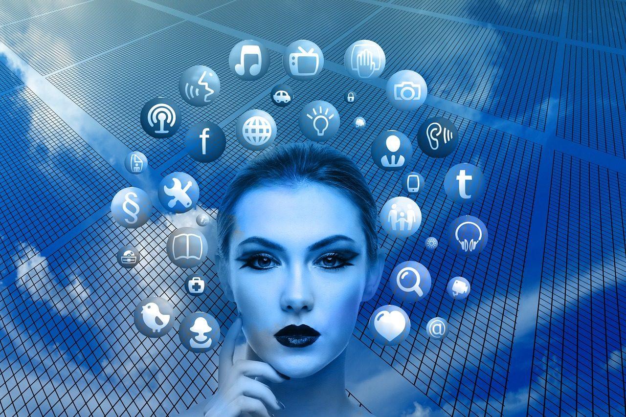 social-media-expolsion